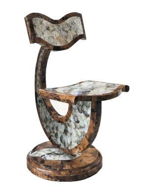 Декоративный стул