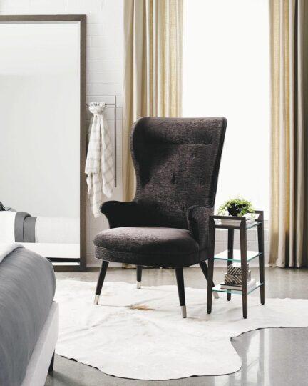 Классическое кресло Caracole